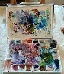 Paint on trays